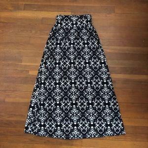Joe B Black and White Damask Print Maxi Skirt